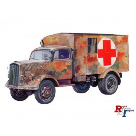7055 1:72 Kfz. 305 Ambulance