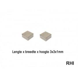 Magneten 3x3x1mm (2)