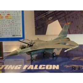 60786, 1/72 Lockheed Martin F-16 CJ